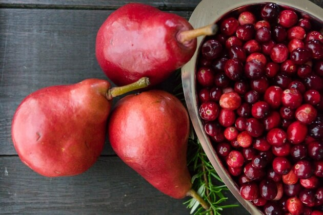 Homemade Cranberry-Pear Sauce