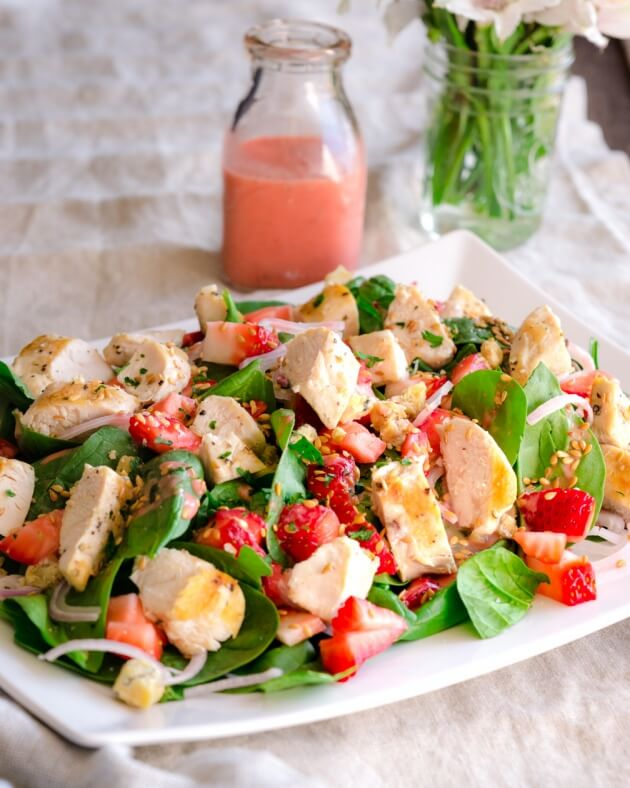 Celebrate the desire to eat light in spring and summer with this gorgeous spinach salad with grilled chicken and strawberries.