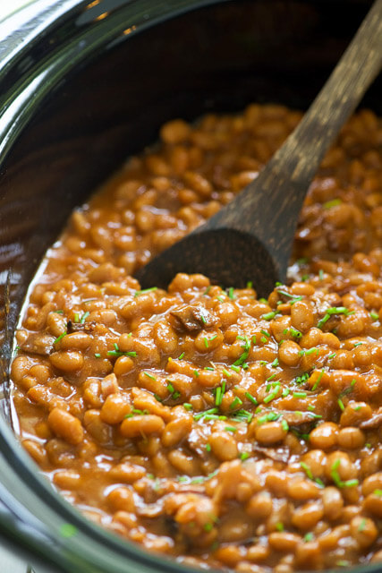 Slow-Cooker-Healthy-Maple-Bacon-Baked-Beans-4
