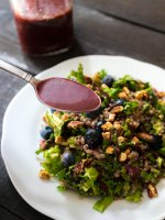 Blueberry Balsamic Vinaigrette is an easy homemade vinaigrette. Combine fresh blueberries and rich balsamic vinegar to make a super healthy salad dressing.