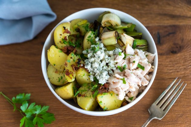 Potato lovers rejoice! Quick chicken bacon potato bowl with buttery leeks is healthy comfort food you can make in minutes.